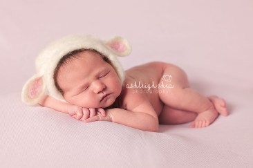 Ashleigh Shea Photography - Kensi - Newborn 005